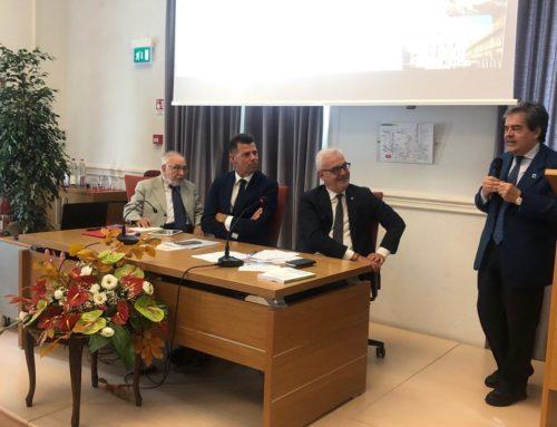 """Enzo Bianco all'Assemblea dell'Anci Marche: """"Sul sisma ho parlato con Conte per recuperare il tempo perso""""."""