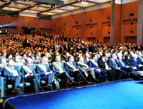 """Mattarella all'assemblea Nazionale dell'Anci: """"Comuni sono la base della Repubblica, essenziali per le sfide della nostra epoca"""". Maurizio Mangialardi: """"Il Presidente ha ribadito la centralità del ruolo dei Comuni""""."""